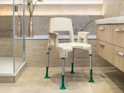 Aquatec PICO GREEN shower chair news